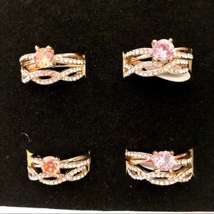 Jewelry - NWT 2 piece Ring set Pink Orange and Gold